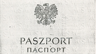 The passport of Elżbieta Potrykus and her son, Wojciech, allowing them to cross the Polish border once, from the private archives